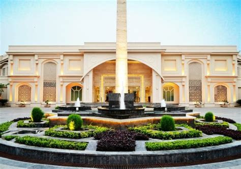 Whimsical, Luxurious Outdoor Wedding Venues In Delhi