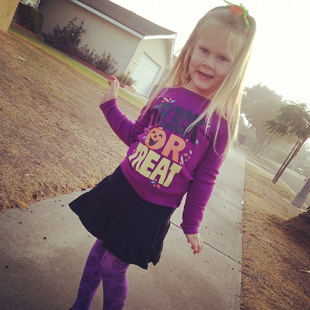 I never ask her to pose, but she always does! G's definitely my fashionista! #halloween #fashionista