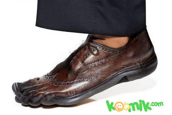 Ayak Boyama Sanatı Komik Resim