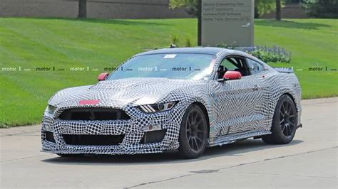 ford mustang shelby gt spy photo motorcom