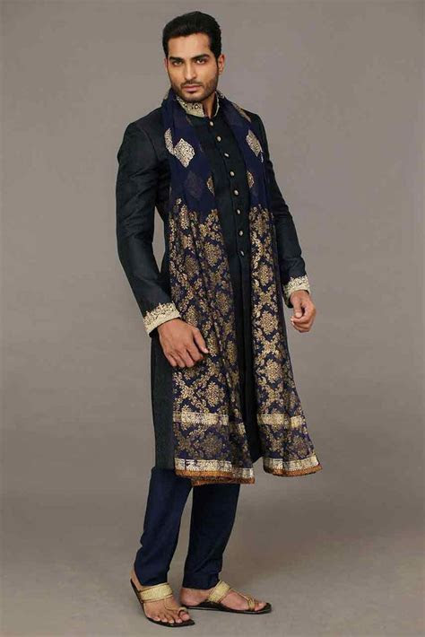 Wedding Sherwani Designs For Mehndi In 2019 in 2019