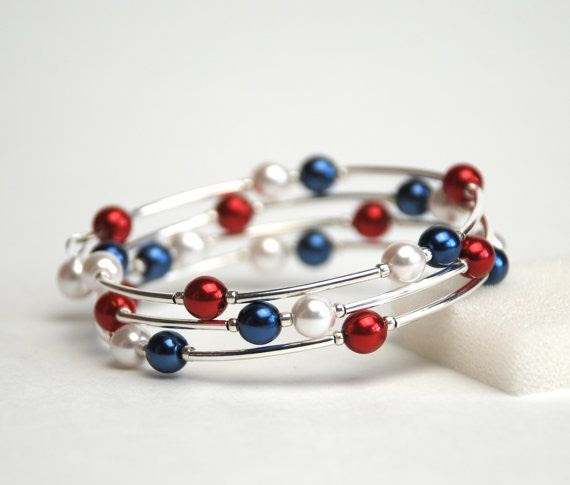 Red White and Blue Memory Wire Bracelet - Navy Blue White and Red Pearl Bracelet - Handmade Jewelry on Etsy, $22.00