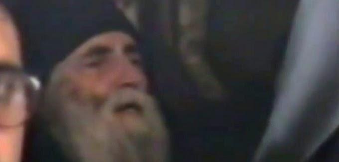 Αγιος Παΐσιος: Κλαίω την Ελλάδα.  Δεν έχει μείνει τίποτα όρθιο