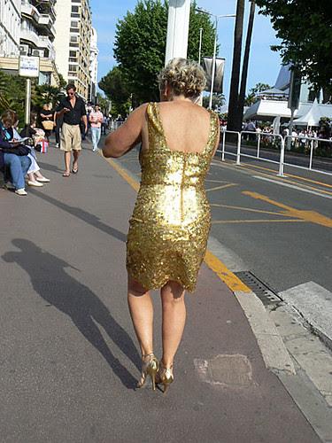 robe dorée.jpg