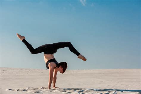handstand   pro  gymnasts tips shredify