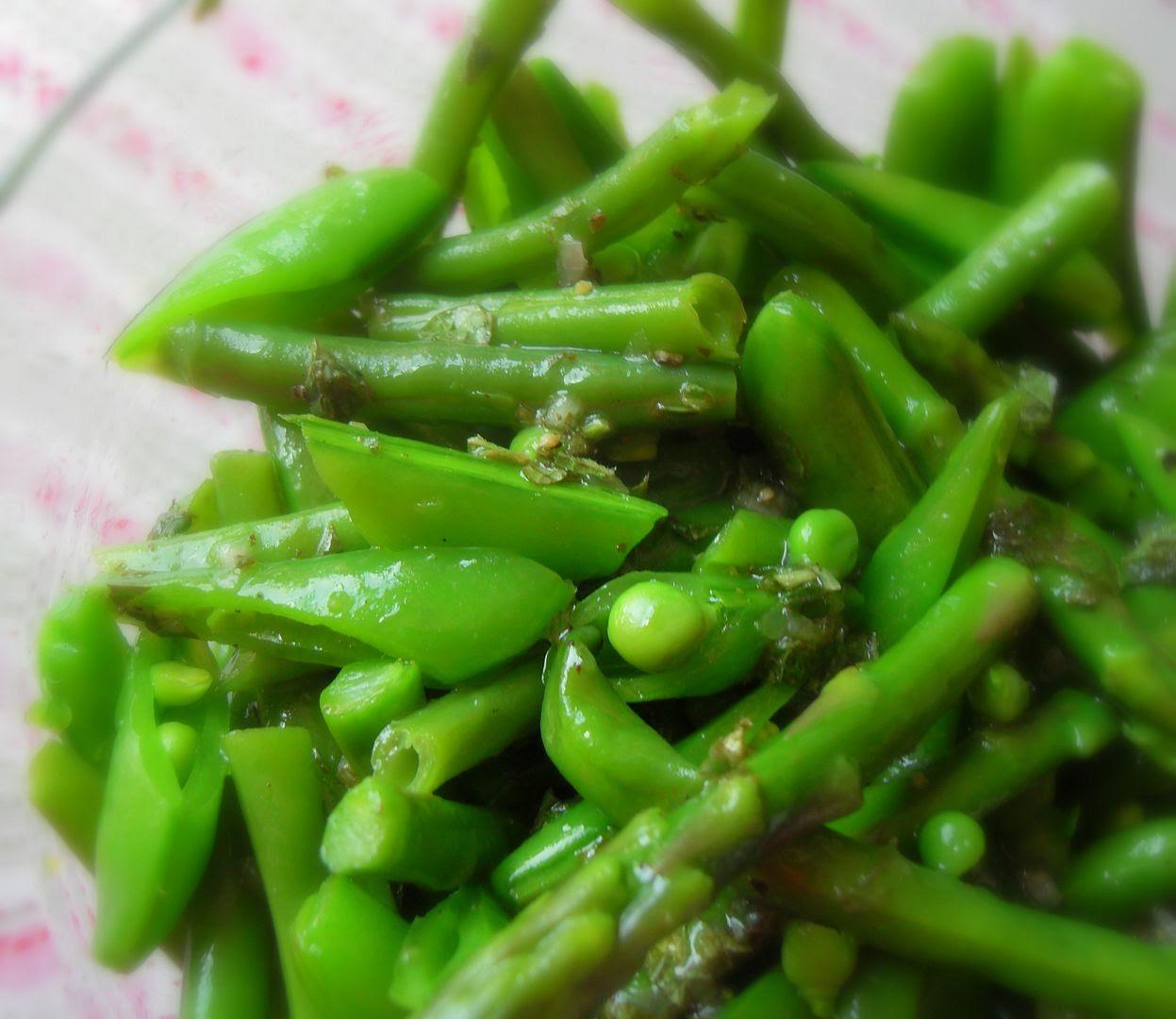 Summer Salad of Peas, Beans and Asparagus