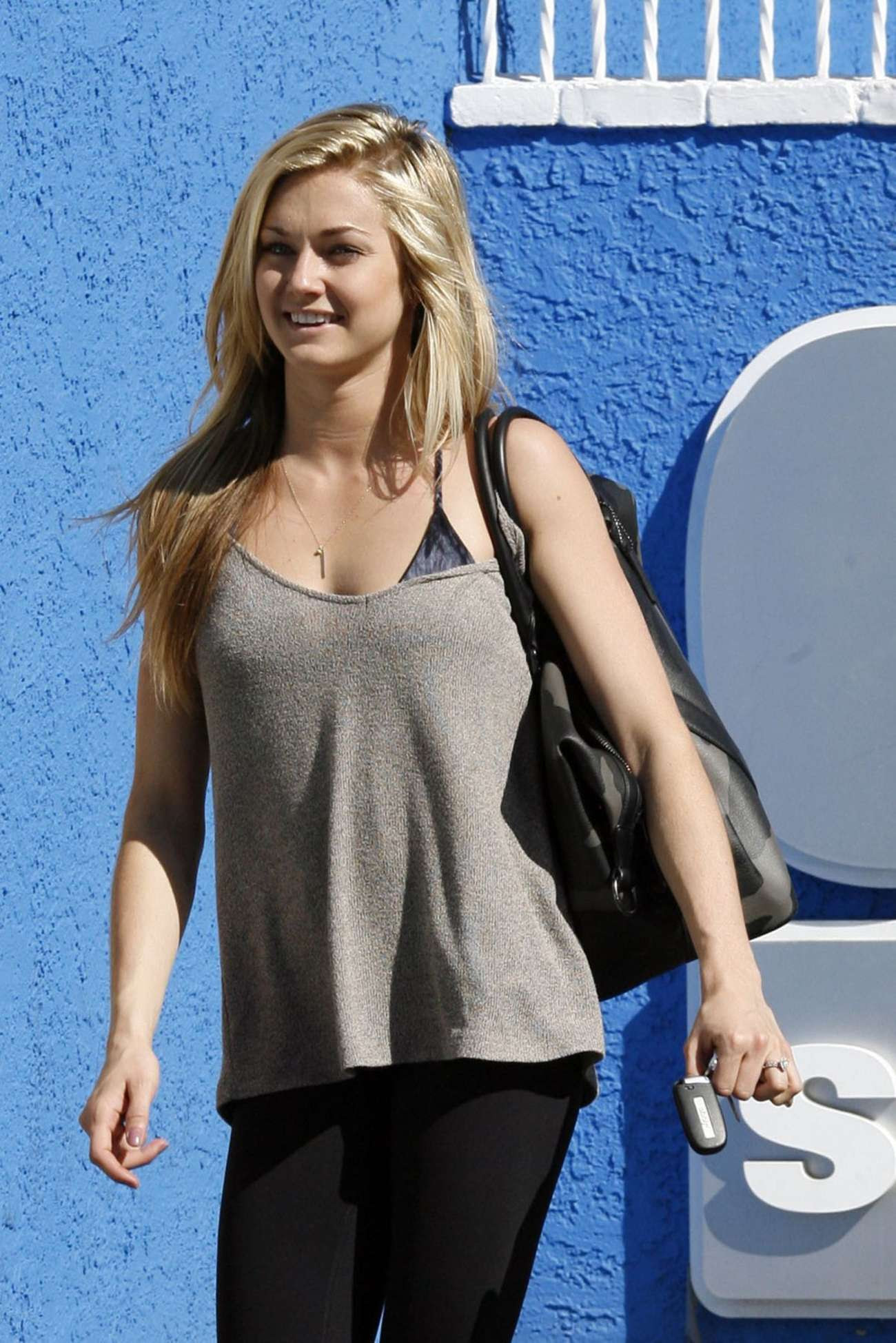 Lindsay Arnold at Dwts Studio in Hollywood