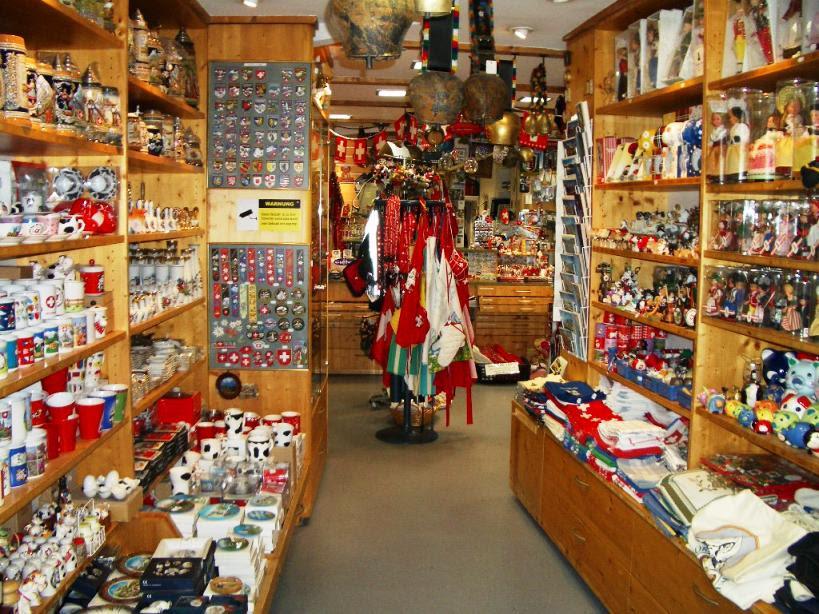 Teddys Souvenir Shop Near Grossmunster Zurich