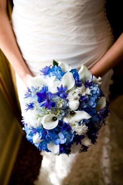 white and blue bouquet? :  wedding Blue White Bouquet