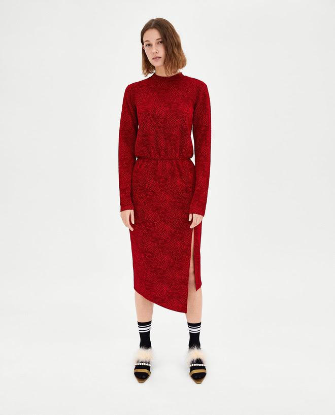 Dạo 1 vòng H&M và Zara, bạn có thể vơ được cả rổ váy đỏ có giá dưới 1 triệu mà tha hồ diện Tết này - Ảnh 5.