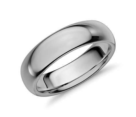 Comfort Fit Wedding Ring in Classic Gray Tungsten Carbide
