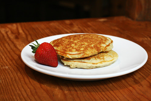 maple oatmeal pancakes