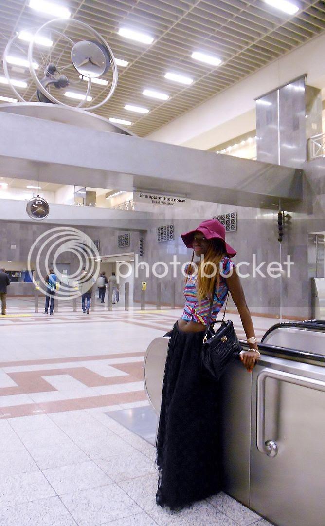 Syntagma Metro Athens.jpg