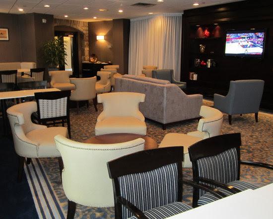 Sheraton Montreal Airport Hotel Club Lounge