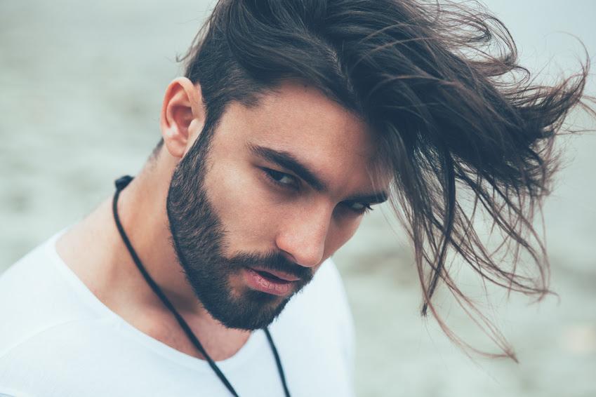 Lange Haare Stylen Manner Tipps Stilvolle Frisur Website Foto Blog