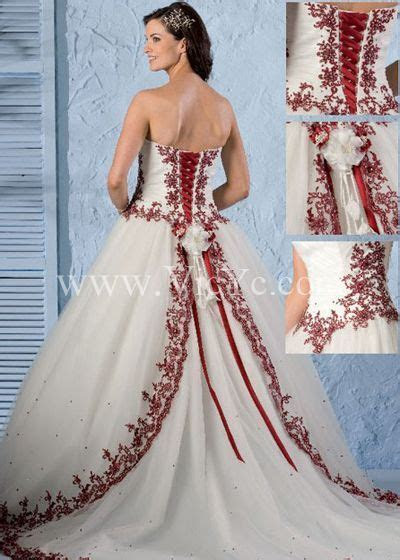 Hot Sale Sweet Wedding Dress with Red Motif Design and