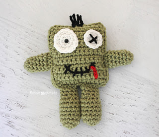 Crochetzombie1_small2