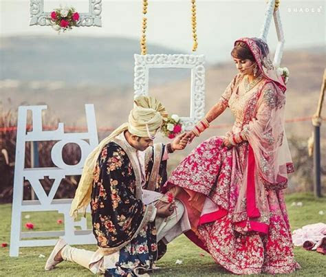 Indian Destination Wedding Cost: Deciding Event Decoration