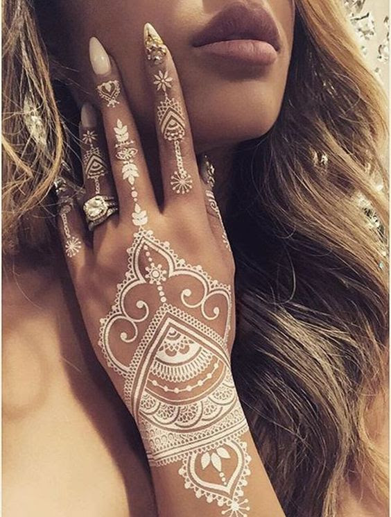 15 Breathtaking Henna Tattoo Designs You Will Love Styles Weekly