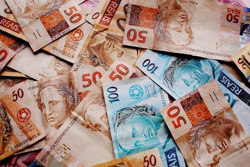 Arrecadação em outubro soma R$ 153,9 bilhões, melhor resultado para o mês desde 2014, diz Receita