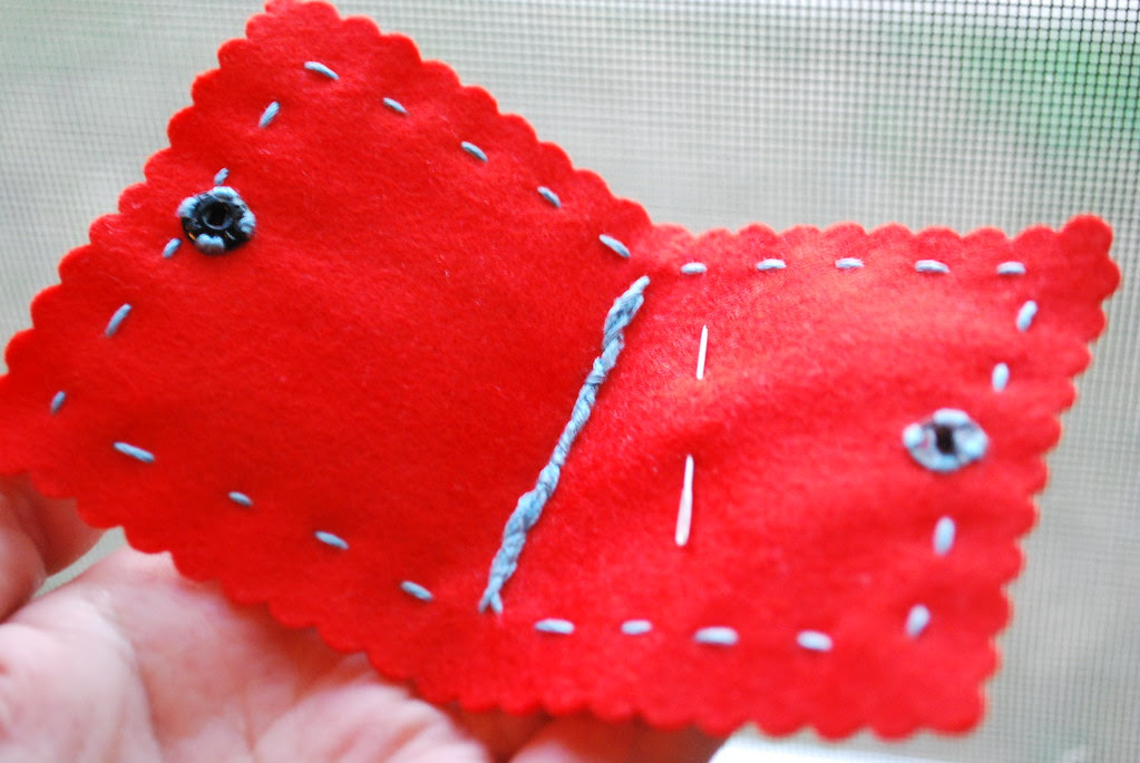 Wound-up Thread needle case