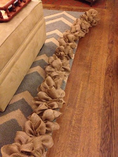 Burlap garland.. How-to!... Add some ornaments or greenery, would be adorable for Christmas time!