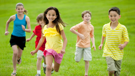 A group of children running
