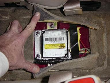 Gm Saturn Airbag Air Bag Black Box Edr Event Data Recorder Sdm Deployment Accident Sdm Technical Information Gm Airbag Sdm Locations By Year And Model Gm Air Bag Sdm Crash Data Recovery