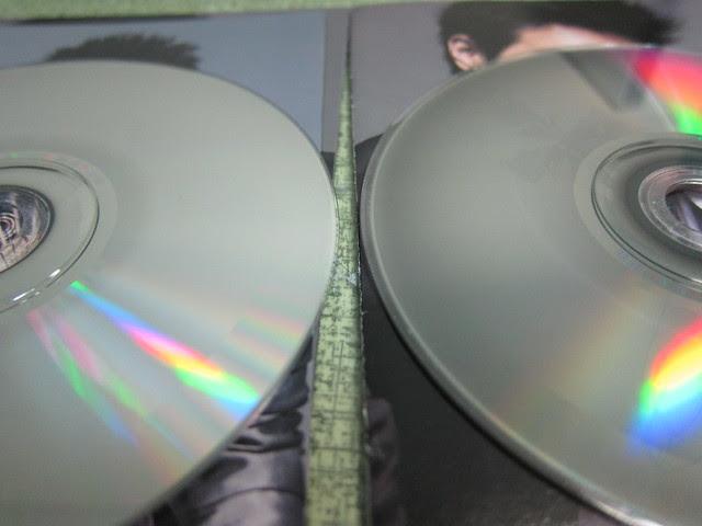 新舊兩張 CD 比較