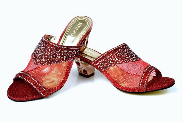 Girls-Womens-Beautiful-Fancy-High-Shoes-Eid-Footwear-Collection-2013-by-Metro-Shoes-3