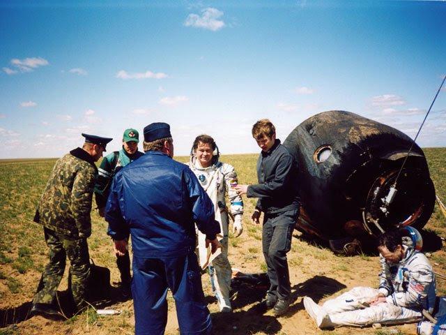 May03-2003-SoyuzTMA1landing