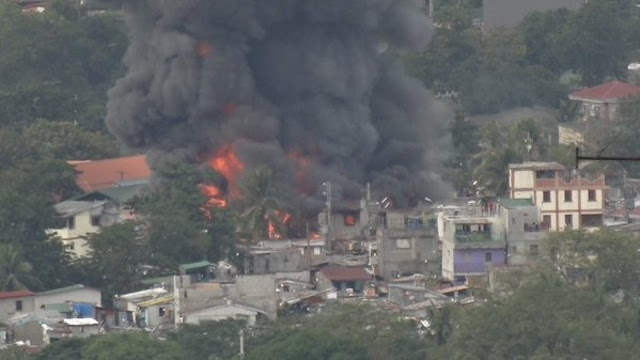 Fire hits residential area in Mandaluyong City