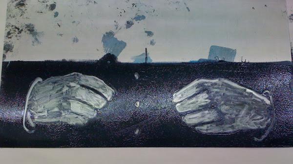 hands plate