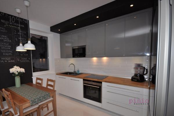 Szare Kuchnie Z Czarnym Blatem Szukaj W Google Kitchen Cabinets Home Decor Kitchen