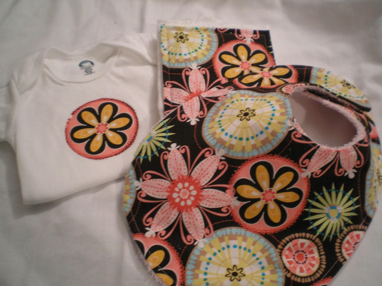 Michael Miller Carnival Bloom baby gift set