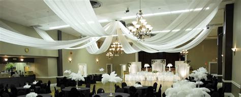 Ceiling Decor   Wedding Chandeliers   Event Decor Direct