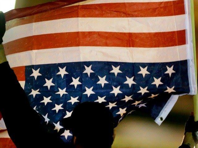 http://media.breitbart.com/media/2015/03/american-flag-upside-down-AP-640x480.jpg