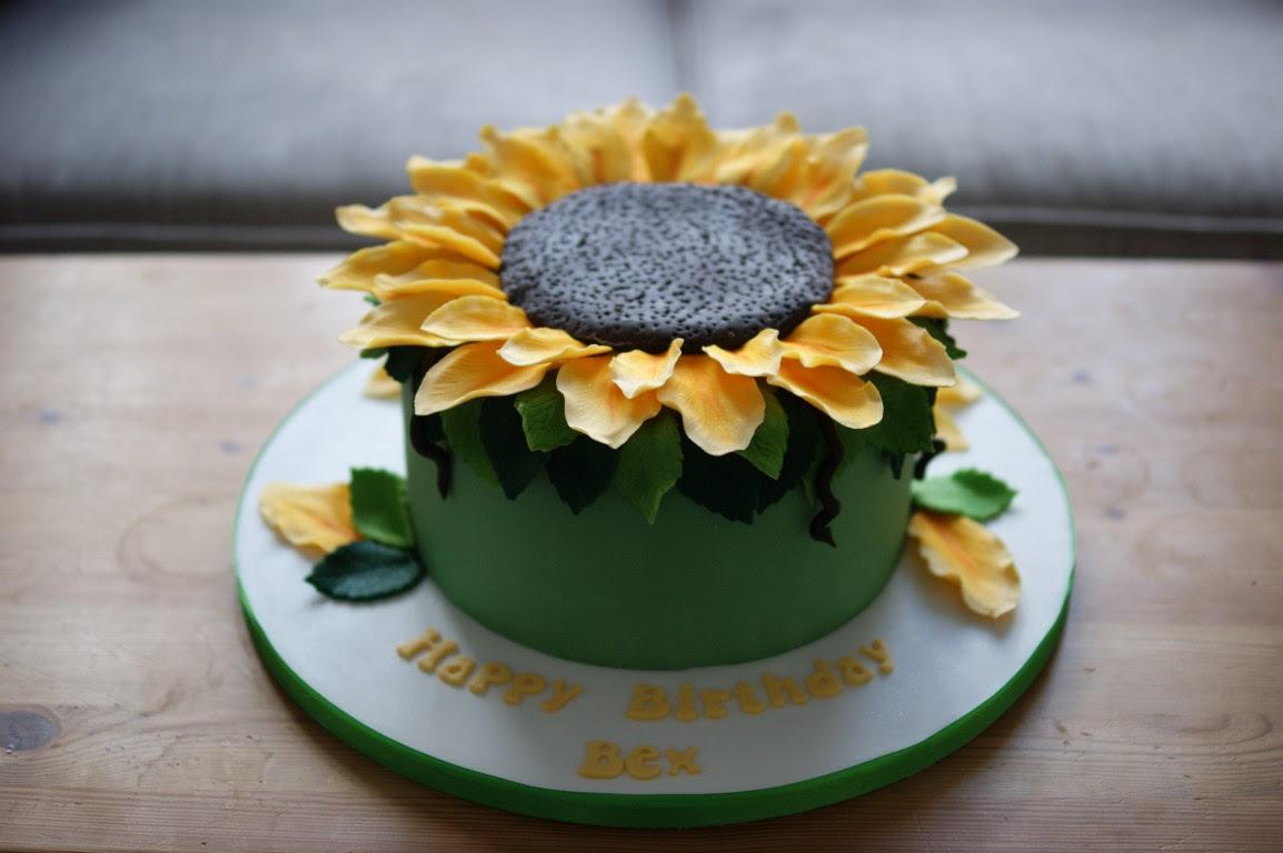 Giant Sunflower Birthday Cake - Bakealous