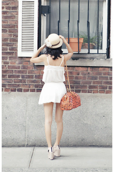 White-cotton-zara-dress-tan-misspoutycom-hat-light-pink-misspoutycom-wedges_400