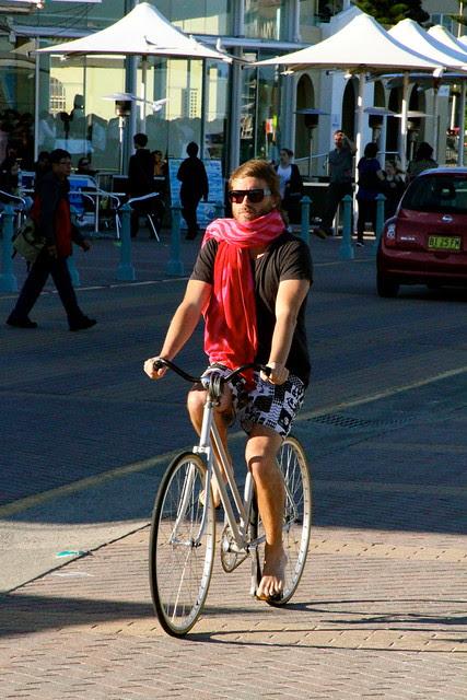 bondi boys on bikes 6696