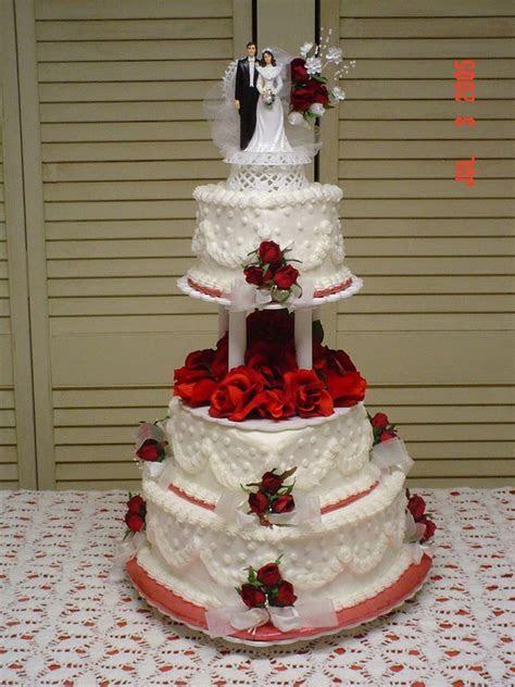 40th wedding anniversary heart cakes buttercream   red