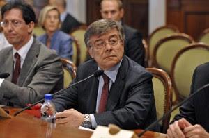 """Il Garante Aia a Letta: """"Commissariare l'Ilva lo stabilimento non è in grado di funzionare"""""""