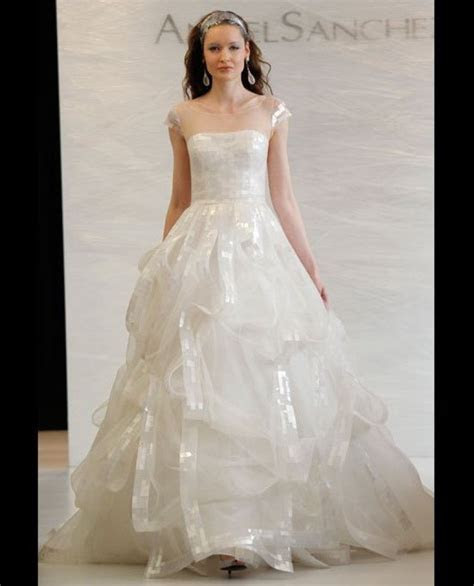 Vera Wang Wedding Dress: Designer Talks Designing Bridal