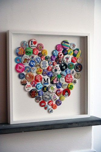 would like to do this with bottle caps and letters, hello crafternoon! Wedding with pictures in 2 bottle caps heart surrounding yuengling with date