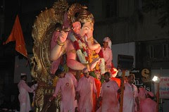 Lal Bagh Chya Raja Bids Goodbye by firoze shakir photographerno1