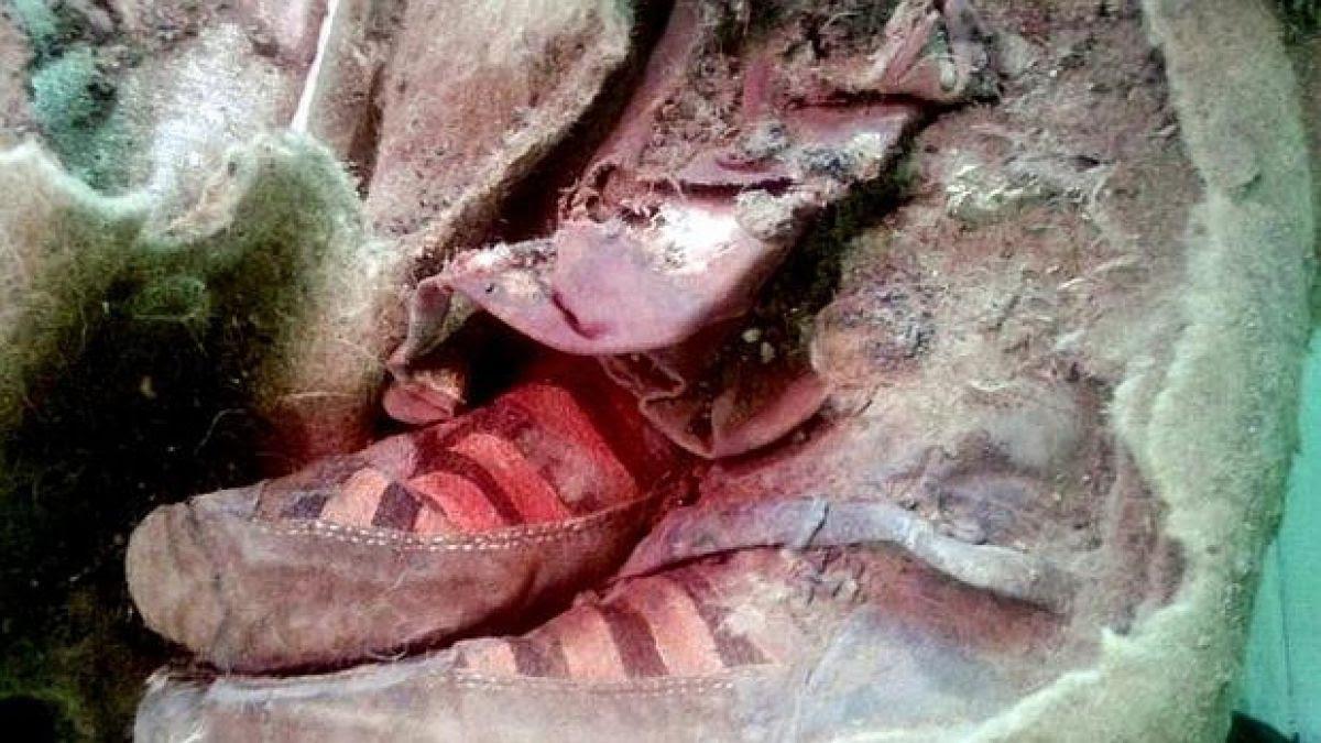 Resultado de imagen para momia de una mujer de origen túrquico, con antigüedad de más de 1.500 años, y el hallazgo por zapatillas de la marca Adidas