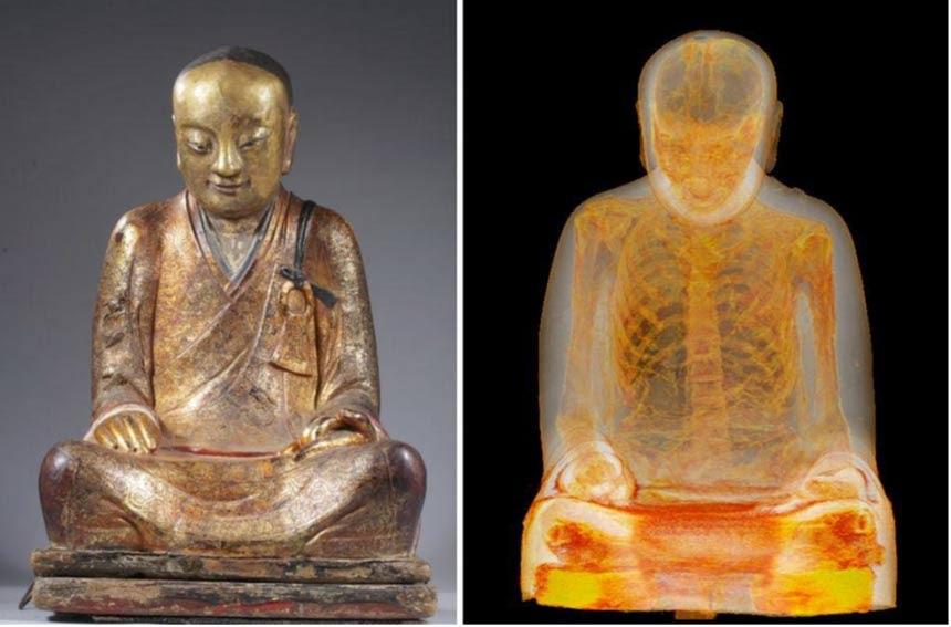 Μουμιοποιημένο βουδιστής δάσκαλος Liuquan.  Άγαλμα (L), αξονική τομογραφία (R).  (Φωτογραφίες: Drents Μουσείο)