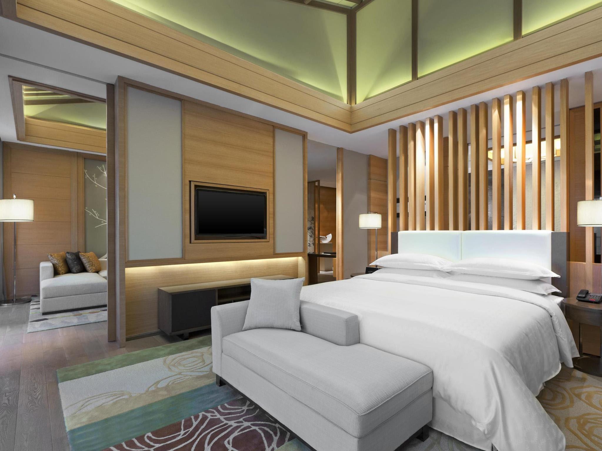 Price Sheraton Grand Hangzhou Wetland Park Resort