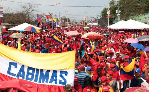 Cabimas recibió al candidato de la revolución Nicolás Maduro