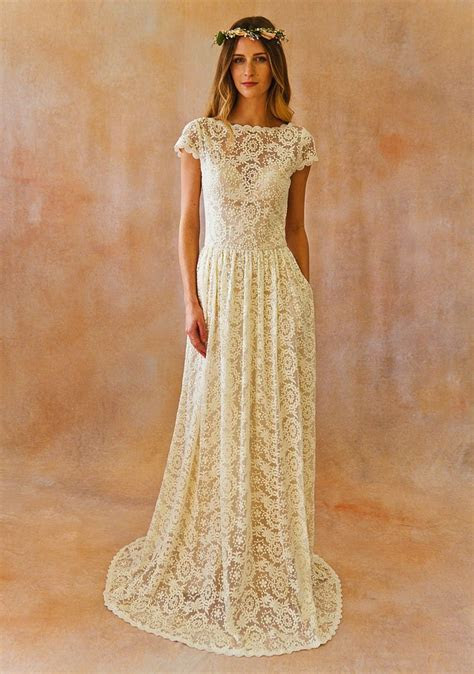Other Catherine Backless Lace dress, $700 Size: 6   New